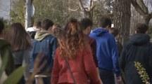 preview estudiantes-en-el-campus.jpg